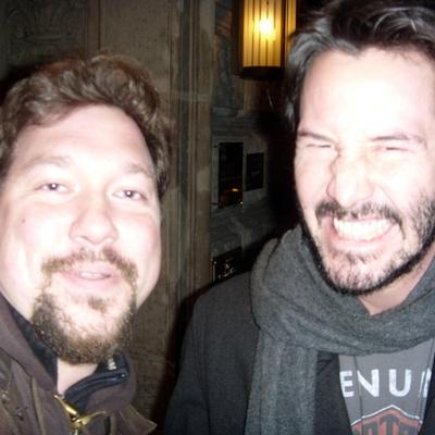 Keanu Reeves Autograph Profile