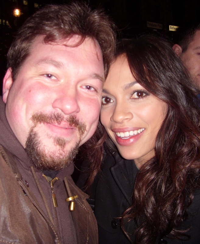 Rosario Dawson Photo with RACC Autograph Collector RB-Autogramme Berlin