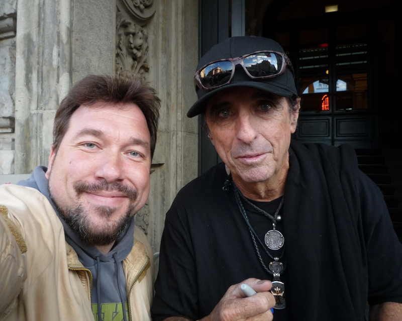 Alice Cooper Photo with RACC Autograph Collector RB-Autogramme Berlin