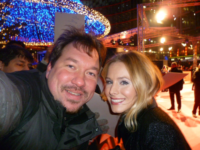 Kristen Bell Photo with RACC Autograph Collector RB-Autogramme Berlin