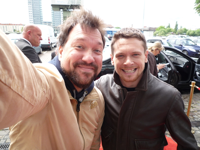 Jack O'Connell Photo with RACC Autograph Collector RB-Autogramme Berlin