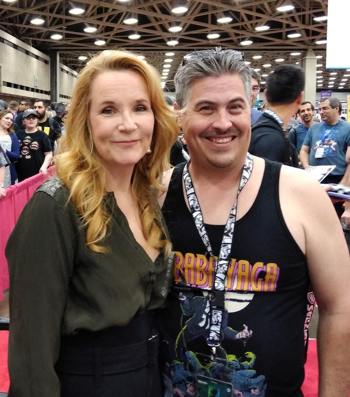 Lea Thompson Photo with RACC Autograph Collector Bryan Calloway
