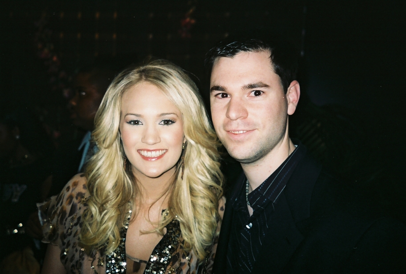 Carrie Underwood Photo with Authentic Autograph Dealer Jeff Stenzel