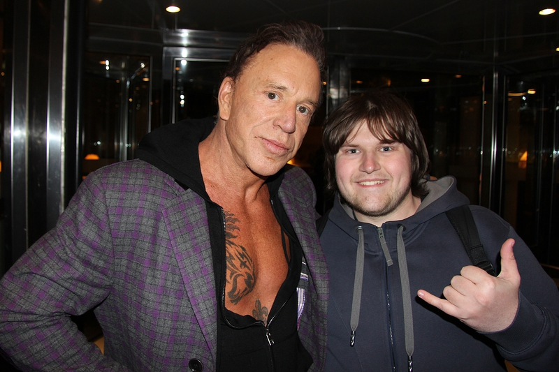 Mickey Rourke Photo with RACC Autograph Collector Ilya Zeta