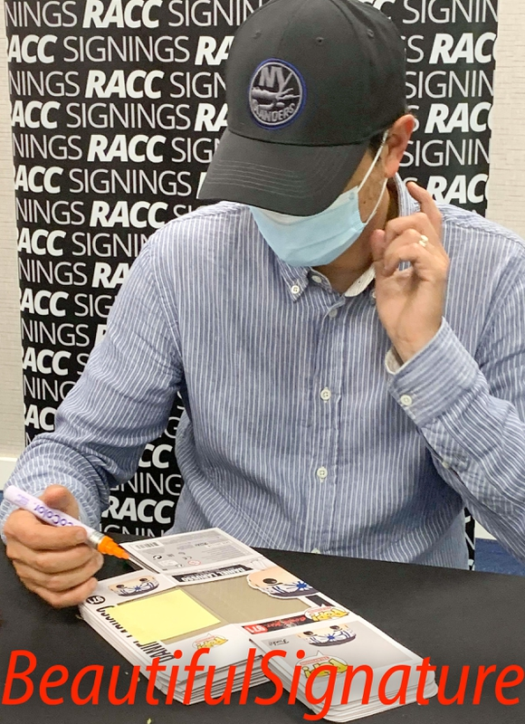 Ralph Macchio Signing Autograph for RACC Autograph Collector Dario Alequin