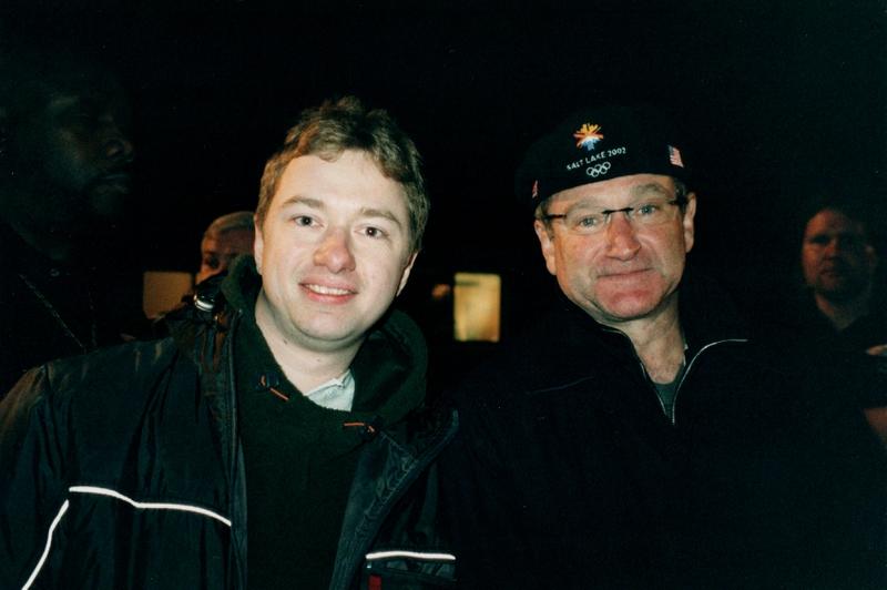 Robin Williams Photo with Authentic Autograph Dealer Autograph Pros
