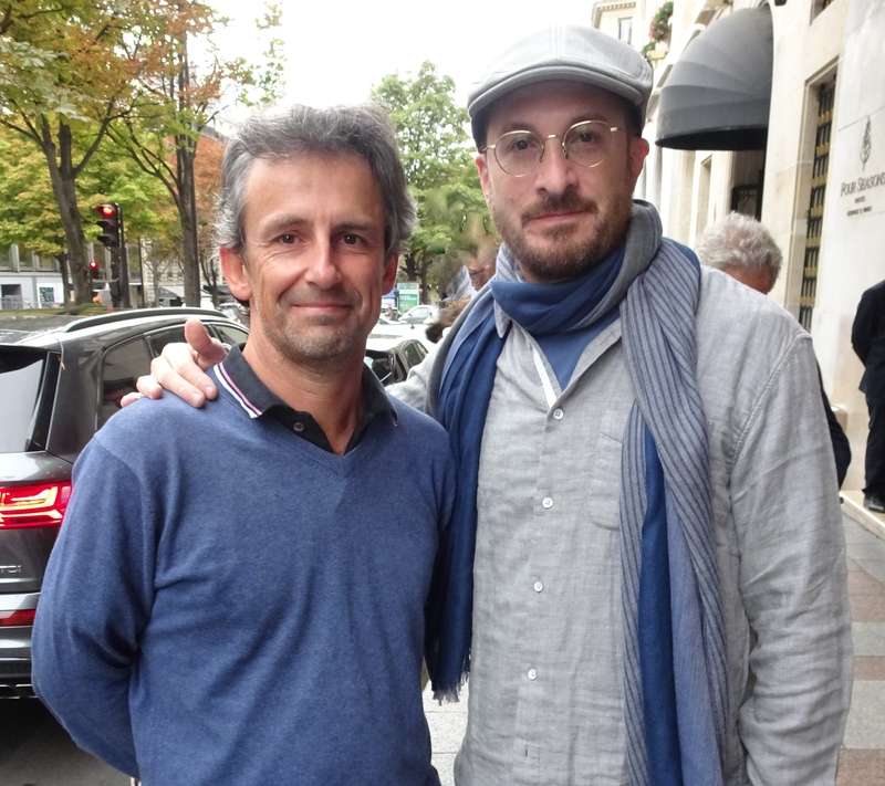 Darren Aronofsky Photo with RACC Autograph Collector CB Autographs