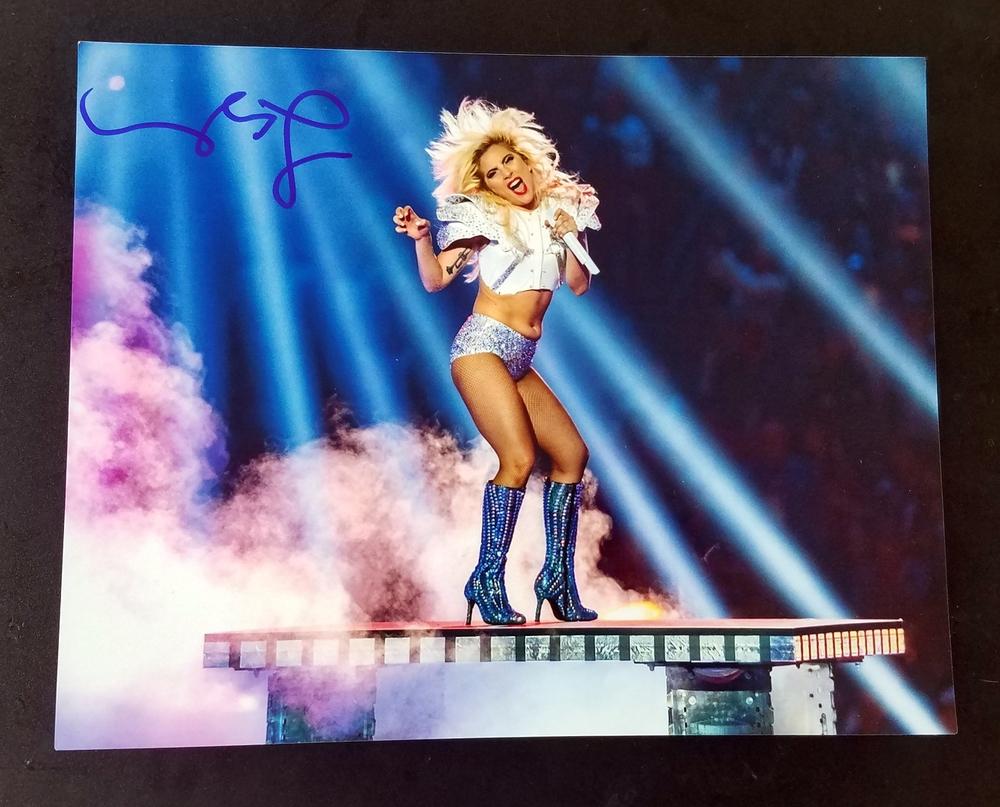 Lady Gaga Autograph