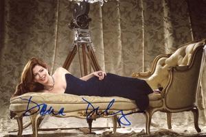Dana Delany Autograph