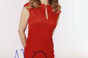 Kyra Sedgwick Autograph