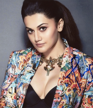 Taapsee Pannu Autograph