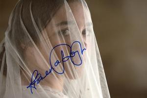 Florence Pugh Autograph