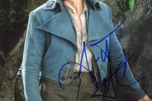 Garrett Hedlund Autograph