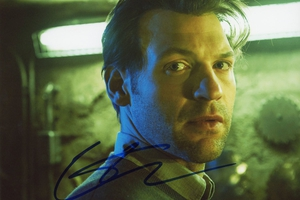 Corey Stoll Autograph