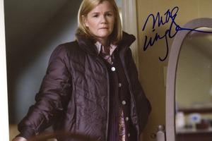 Mare Winningham Autograph