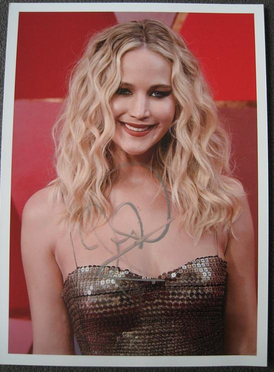 Jennifer Lawrence Autograph by Fanmail TTM