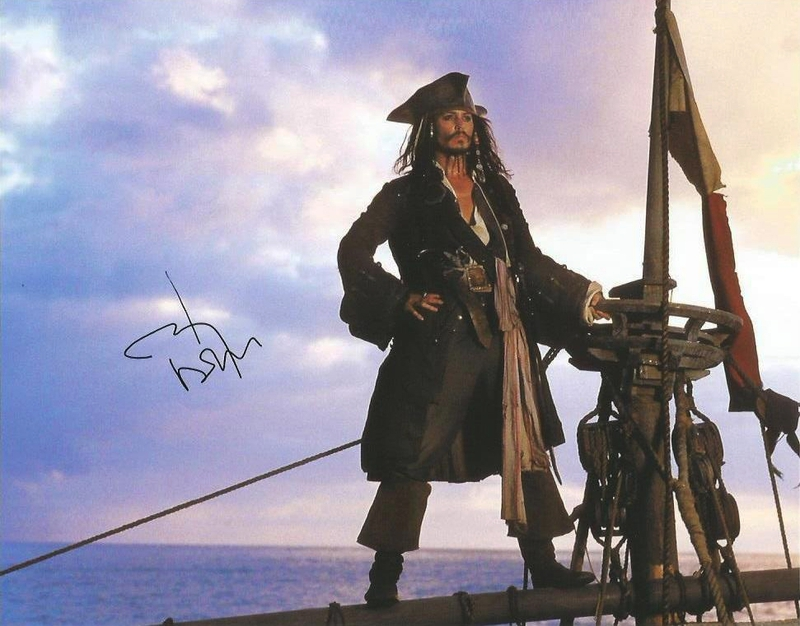 Johnny Depp Autograph by Fanmail TTM