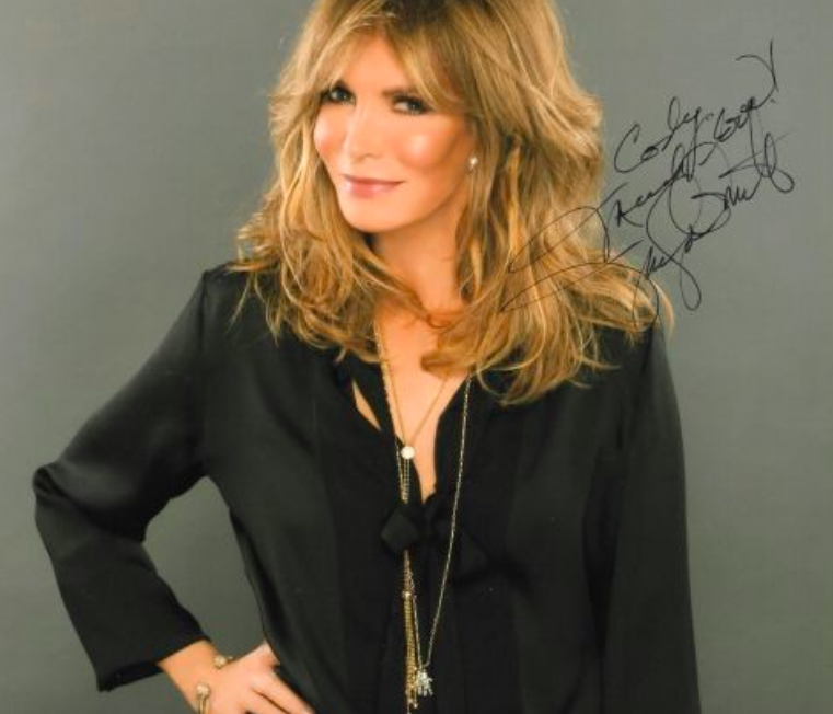 Jaclyn Smith Autograph by Fanmail TTM