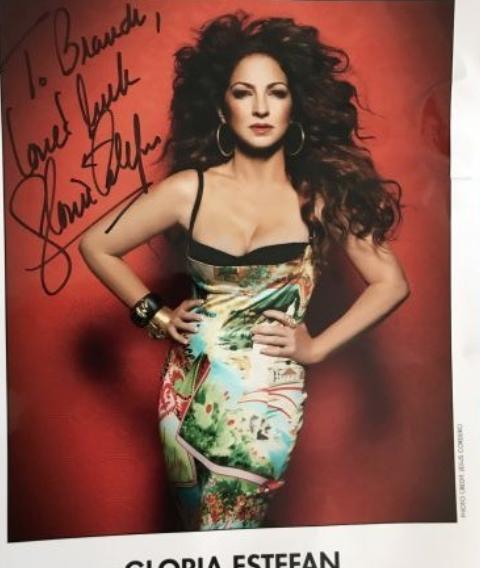 Gloria Estefan Autograph by Fanmail TTM