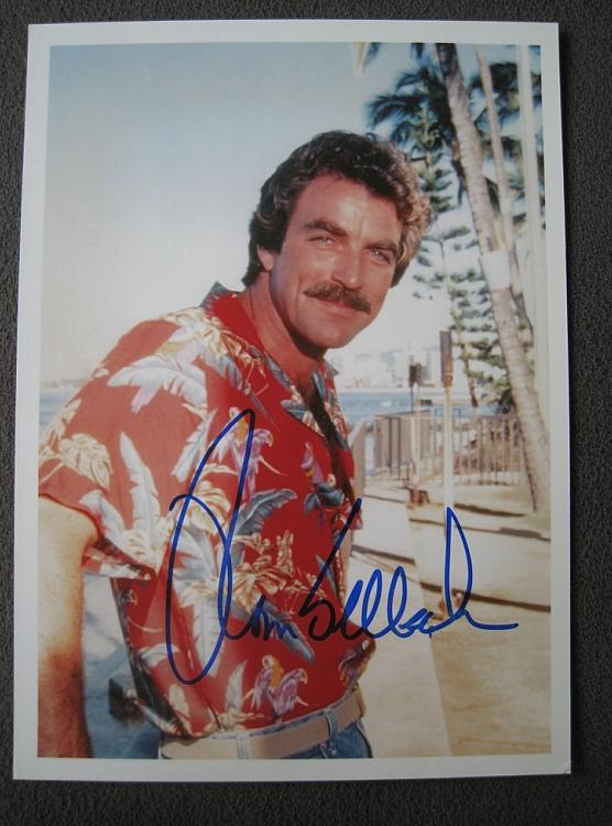 Tom Selleck Autograph by Fanmail TTM