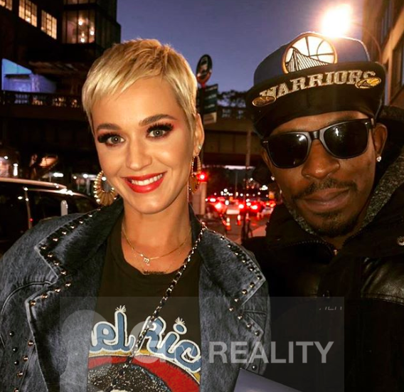 Katy Perry Photo with Authentic Autograph Dealer GTV Reality