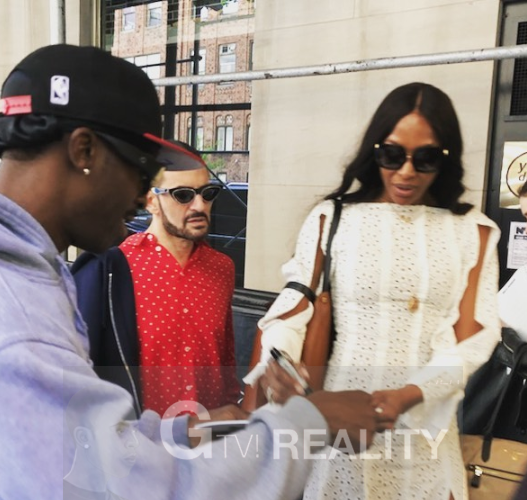 Marc Jacobs Naomi Campbell Photo with Authentic Autograph Dealer GTV Reality