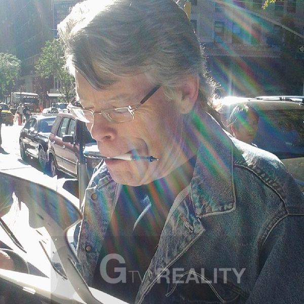 Stephen King Proof Signing Photo from RACC Autograph Collector GTV Reality